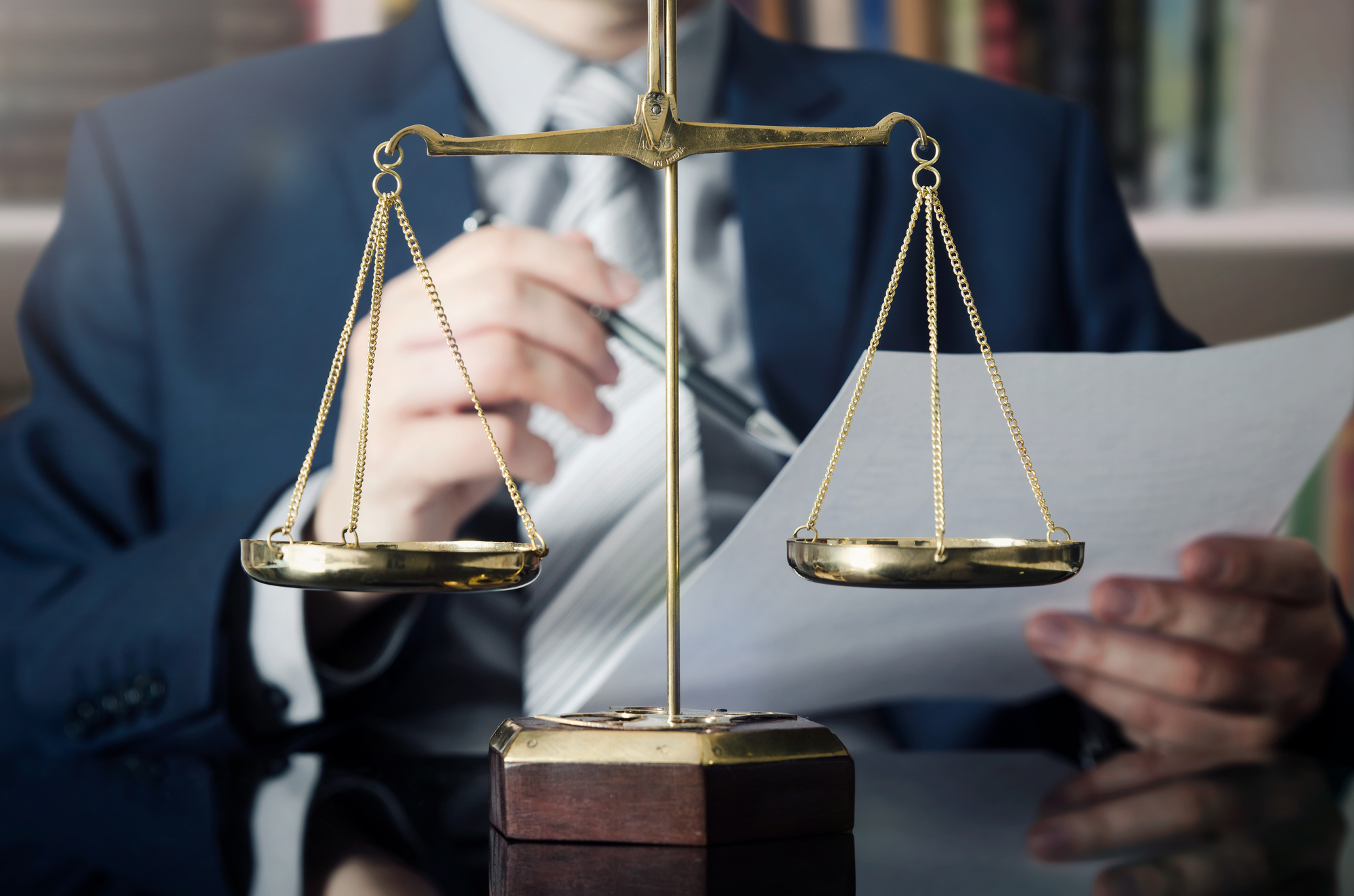 Weight scale of justice